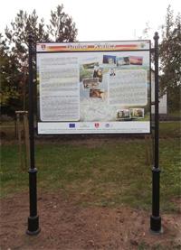 Tablica informacyjna wolnostojąca stylizowana Poznań