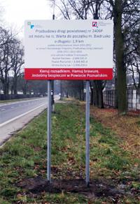 Tablica w systemie znakowym, znak drogowy Poznań